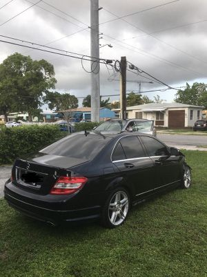 2008-2014 mercedes-benz c250 c300 c350 , complete part out for Sale in Hialeah, FL