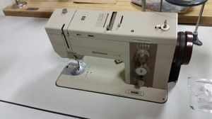 Zigzag sewing machine for Sale in Lodi, CA