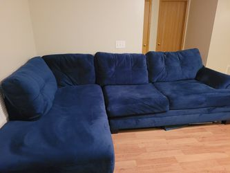 Blue Cordelle Sectional Sofa for Sale in Columbus,  OH