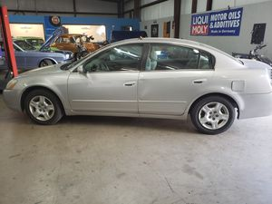 NISSAN Altima car - 2003 - 120 thousand miles for Sale in Euless, TX