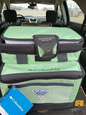 Columbia zipperless hardbody cooler for Sale in Owasso, OK