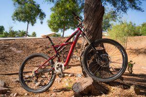 2011 Specialized Enduro Comp mountain bike (small) for Sale in El Cajon, CA