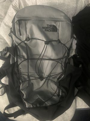 North face borealis backpack for Sale in Bristol, CT