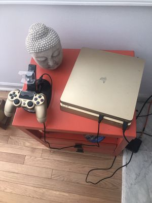 1TB PlayStation 4 like new unwanted birthday gift with four games GTA4, FIFA 17, UFC2, The last of us for Sale in Philadelphia, PA