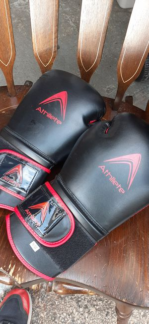 Rocky 16 oz boxing gloves for Sale in Addison, IL