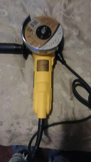DeWalt DWE 4011 Grinder for Sale in Hensley, AR