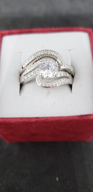Beautiful wedding ring set for Sale in San Bernardino, CA