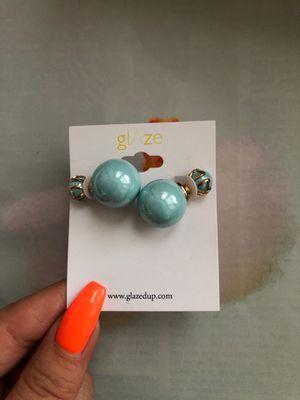 FREE Earrings for Sale in Philadelphia, PA