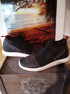ITEM AVAILABLE. SIZE 8 MEN SHOES. GUESS for Sale in Washington, DC