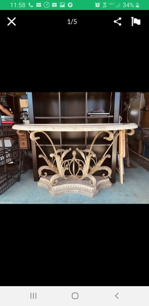 Console table for Sale in National City, CA