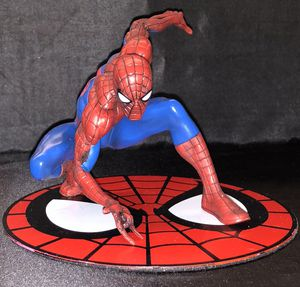 Spider-man artfx statue magnetic base. Spiderman collectible for Sale in Queens, NY