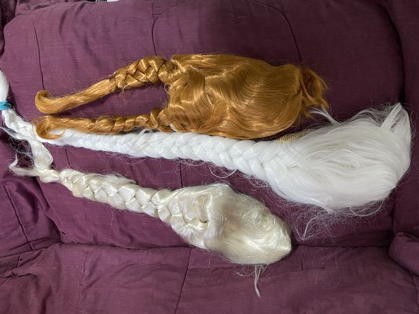 Ana dress with wig and Elsa wigs