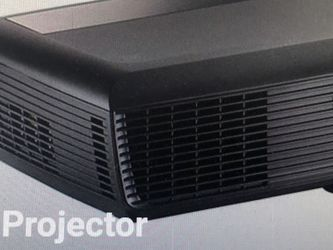 Dell 121OS Projector; Screen; Disk; Case; Remote Control; for Sale in Harrison,  NY