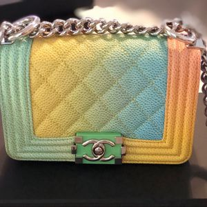 Cuba Chanel small for Sale in Los Angeles, CA