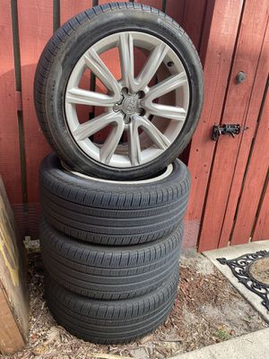 Audi A6 17inch rims and tires for Sale in West Palm Beach, FL