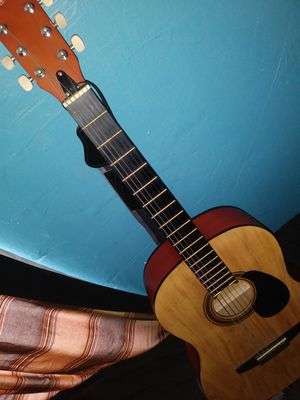 Guitat for Sale in Los Angeles, CA