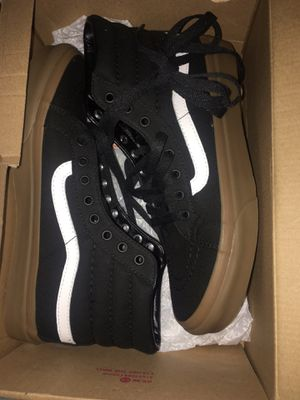 Vans nuevas 7.5 size men for Sale in Hialeah, FL