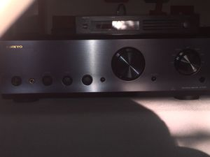 REDUCED!! ONKYO A-9555 Audiophile Integrated Amplifier BRAND NEW STEROPHILE RECOMMENDED Incredible!! for Sale in Chicago, IL