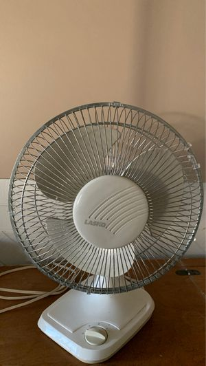 Oscillating fan for Sale in Covina, CA