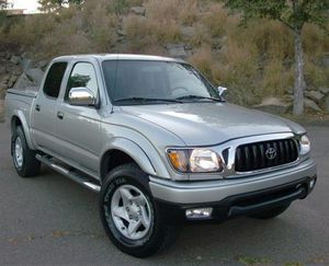 On Saleee 2004 Toyota Tacoma PreRunner 4WDWheels Clean! for Sale in Colorado Springs, CO