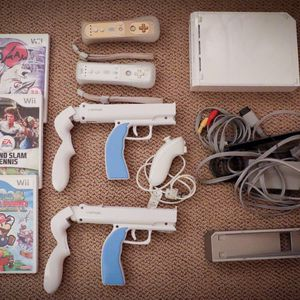 Wii Plus Games And Accessories for Sale in Delray Beach, FL