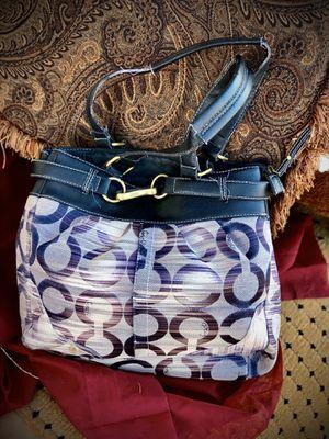 Coach purse for Sale in Glendale, AZ