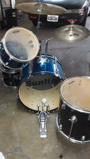 Sunlite drum set for Sale in Los Angeles, CA