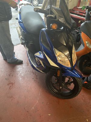 Moped motorcycle for Sale in Washington, DC