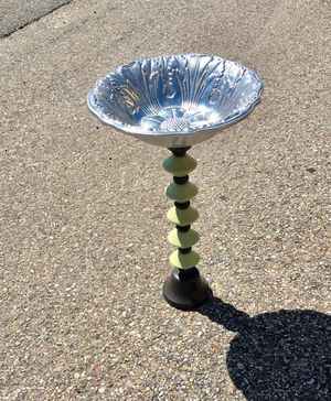 Beautiful Pewter Bird Bath Bowl with fun stand! for Sale in Pagosa Springs, CO