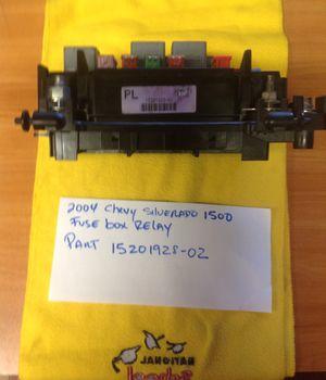 Chevy Silverado 1500 2004 fuse box relay for Sale in Miami, FL