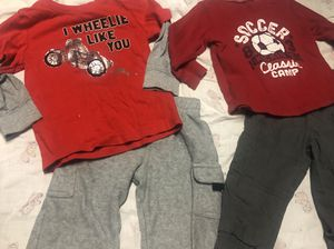 12 month outfits $3 each for Sale in Parkersburg, WV