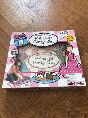 PRINCESS PARTY SET NEW SEALED for Sale in CAPE ELIZ, ME