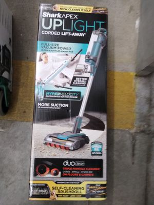 Shark Apex Uplight Corded Vacuum w DuoClean Technology for Sale in Tacoma, WA