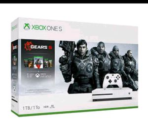 XBOX ONE S GEARS 5 BUNDLE for Sale in Gulfport, MS