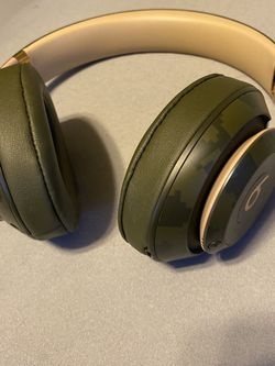 Beats Studio 3 wireless Forest Green for Sale in Gibsonia,  PA