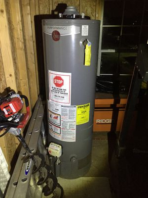 Water heater for Sale in Dickinson, TX