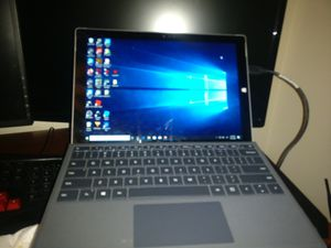 Surface pro 3 i5 for Sale in Plainfield, IL
