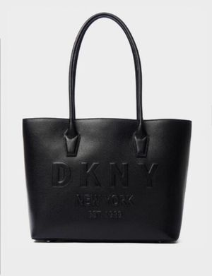 Women's Donna Karan Hutton Premium Cow 🐄 Leather Tote 👜 Bag - Over 50% off & 100% Authentic DKNY Guaranteed - Read Description! for Sale in Buford, GA