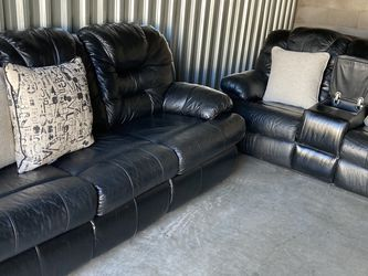 Beautiful Black Leather Sofa Set for Sale in Tempe,  AZ
