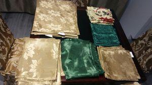 + 2 Manteles 8 servilletas seda . for Sale in Miami, FL