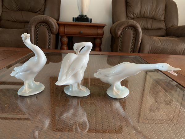 Vintage lladro handmade in spain Retired Little Duck goose trio figurine, 3 pieces lot, in excellent condition