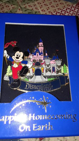 Disney Mickey jumbo pin for Sale in Hayward, CA