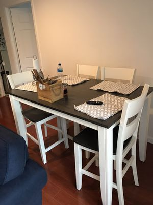 Kitchen table w/ 4 chairs for Sale in Queens, NY