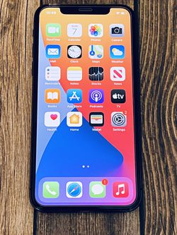 UNLOCKED iPhone X 64GB Metro AT&T T-Mobile Verizon, Telcel, Sprint, Cricket for Sale in Moreno Valley,  CA