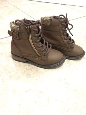 Girls Boots (Size 10) for Sale in Kissimmee, FL