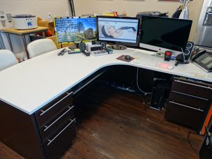 Oversized L shapes modular desk and credenza for Sale in Newport Beach, CA