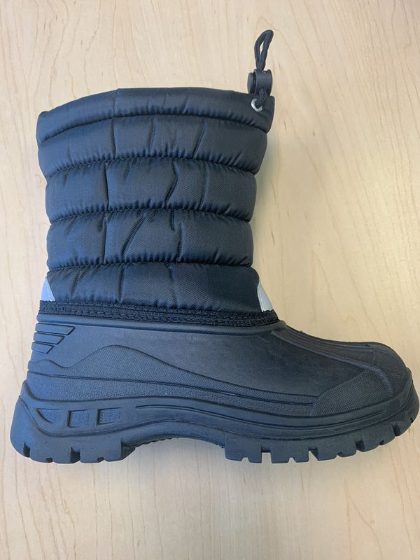Snow boots kids sizes 11, 12,13, 1, 2, 3, 4 kids sizes