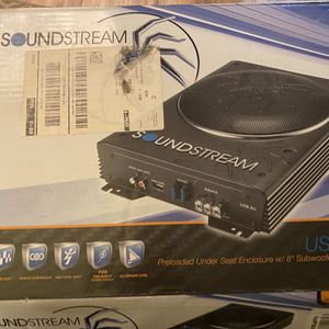 Soundstream 8in Subwoofer and Amplifier for Sale in Beavercreek, OR
