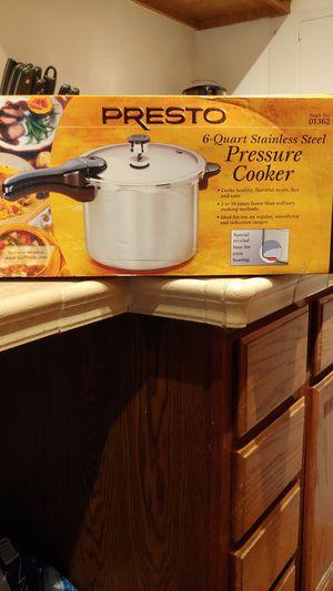 Pressure Cooker 6qt stainless steel for Sale in Lake Ridge, VA