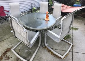 Free outdoor table and chairs. for Sale in West Chicago, IL